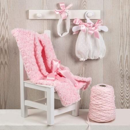 roupa oara maria fofo branco com manta rosa