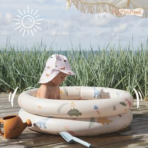 Qual é a criança que não gosta de uma piscina? 😍 ⠀⠀⠀⠀⠀⠀⠀⠀⠀⠀ O tamanho é ideal para passar um belo dia de sol no jardim ou na varanda da sua casa ou até para levar para a praia. ⠀⠀⠀⠀⠀⠀⠀⠀⠀⠀ 🖥 www.myminimoon.com 📩 shop@myminimoon.com 📞 223 252 987 | 965 467 237 ⠀⠀⠀⠀⠀⠀⠀⠀⠀⠀ #MyMiniMoon #BabyAndChildLifeStyle #BabyCare #MadeInPortugal #Baby #Bebé #Criança #LojaDeBebés #TudoParaOSeuBeBé #BabyFashion #BabyShop #Liewood #Piscina #PiscinaPequena #PiscinaCriança #PiscinaEmCasa #PiscinaBebé #PiscinaTime #PiscinaPraia