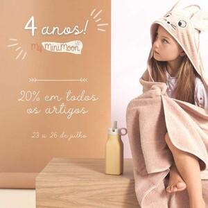 Hoje a My Mini Moon celebra 4 anos e quer festejar consigo esta data especial! 🎉 De 23 a 26 de julho vamos estar com 20% de descontos na nossa loja e website!  Não acumulável a outros descontos.  🖥www.myminimoon.com 📩shop@myminimoon.com 📞223 252 987   965 467 237  #MyMiniMoon #BabyAndChildLifeStyle #BabyCare #MadeInPortugal #Baby #Bebe #Crianças #Desconto #BebePromoção #4Anos #Aniversário #FelizAniversario #ArtigosCriança