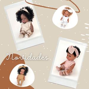 #Novidade | As Loretas são uma coleção de 4 bonecas assentes nos princípios da diversidade cultural e representativas do nosso planeta pelas quatro estações do ano. Cada Loreta está ligada a uma estação através de uma pequena história que os mais novos irão adorar conhecer. ⠀⠀⠀⠀⠀⠀⠀⠀⠀⠀ P.S: Esta boneca é a companhia perfeita para os seus filhos 🤫 ⠀⠀⠀⠀⠀⠀⠀⠀⠀⠀ 🖥 www.myminimoon.com 📩 shop@myminimoon.com 📞 223 252 987 | 965 467 237 ⠀⠀⠀⠀⠀⠀⠀⠀⠀⠀ #MyMiniMoon #BabyAndChildLifeStyle #BabyCare #MadeInPortugal #Baby #Bebe #Criança #LojaDeBebes #TudoParaOSeuBeBe #BabyFashion #BabyShop #Bonecas #Loreta #LoretaBonecas #BonecasCriança #BonecasBebe #Novidade #DiversidadeCultural #Cultura