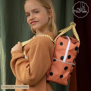 #Novidade: Esta mochila feita de material reciclado é sustentável e super confortável para as crianças. ⠀⠀⠀⠀⠀⠀⠀⠀⠀⠀ Ideal para levar com o lanchinho para o jardim de infância ou para uma viagem de fim de semana cheia de brinquedos.  ⠀⠀⠀⠀⠀⠀⠀⠀⠀⠀ 🖥 www.myminimoon.com 📩 shop@myminimoon.com 📞 223 252 987  965 467 237 ⠀⠀⠀⠀⠀⠀⠀⠀⠀⠀ #MyMiniMoon #BabyAndChildLifeStyle #BabyCare #MadeInPortugal #Baby #Bebé #Criança #LojaDeBebés #TudoParaOSeuBeBé #BabyFashion #BabyShop #Mochilas #Escola #Kindergarden #Infantário #MaterialEscolar #MochilaEscola #BabyPlanning