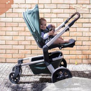 Este carrinho é super confortável, seguro para o bebé e super compacto e prático para os pais! ⠀⠀⠀⠀⠀⠀⠀⠀⠀⠀ Modelo do Carrinho:  Hub da Joolz - Marvellous Green  ⠀⠀⠀⠀⠀⠀⠀⠀⠀⠀ 🖥 www.myminimoon.com 📩 shop@myminimoon.com 📞 223 252 987 | 965 467 237 ⠀⠀⠀⠀⠀⠀⠀⠀⠀⠀ #MyMiniMoon #BabyAndChildLifeStyle #BabyCare #MadeInPortugal #Baby #Bebe #Crianças #Puericultura #CarrinhosDeBebe #TransporteBebe #Nascimento #BabyCarrier #Carrier #BabyCare