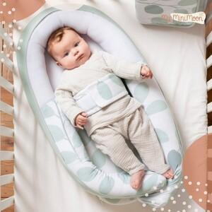 Este ninho é super seguro, aconchegante e pode ser usado durante o dia com o bebé acordado ou até durante a sesta.  🖥www.myminimoon.com  📩shop@myminimoon.com  📞223 252 987 | 965 467 237   #MyMiniMoon #BabyAndChildLifeStyle #BabyCare #MadeInPortugal #Baby #Bebe #Crianças #Ninho #BebeSesta