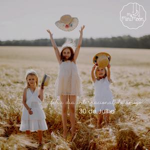 A amizade é um amor sem fim. Feliz dia Internacional do Amigo 🥰 ⠀⠀⠀⠀⠀⠀⠀⠀⠀⠀ 🖥 www.myminimoon.com 📩 shop@myminimoon.com 📞 223 252 987 965 467 237 ⠀⠀⠀⠀⠀⠀⠀⠀⠀⠀ #MyMiniMoon #BabyAndChildLifeStyle #BabyCare #MadeInPortugal #Baby #Bebé #Criança #LojaDeBebés #TudoParaOSeuBeBé #BabyFashion #BabyShop #DiaDoAmigo #Amigos #FriendsDay #Amigo